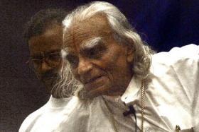 Indian yoga exponent BKS Iyengar.
