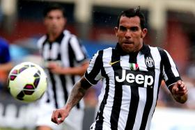 Argentine police arrested four people over the July kidnapping of the father of star footballer Carlos Tevez.
