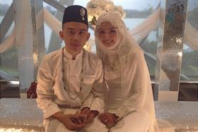 """Rapper Alif Abdullah from local rap duo Sleeq said """"I do"""" to Azzah Fariha at Gardens by the Bay earlier today."""