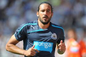 Newcastle United's Argentine winger Jonas Gutierrez has been undergoing treatment for testicular cancer in his homeland.