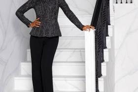 Dress like Olivia Pope, played by Kerri Washington, in the US political drama TV series Scandal.