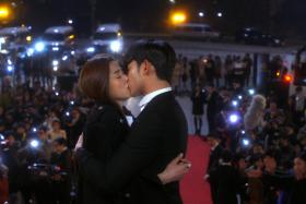US TV channel ABC is set to take on the South Korean hit drama series My Love From The Star. The TV series depicts an alien who lands on on Earth 400 years earlier and falls in love with a top actress in modern-day South Korea.