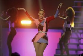 Australian recording artist Iggy Azalea may have got into a spat with Snoop Dogg but she is riding fancy