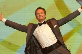 Organisers have announced that Neil Patrick Harris will host next year's Academy Awards ceremony.