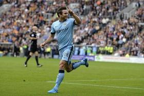 """""""When you have the age of Frank Lampard, you are not able to play three games in a week but, when you have so great a player, you can resolve a lot of problems that we have during the game and I think that Frank is doing these duties at this moment. I am very happy with him."""" - Manuel Pellegrini on Frank Lampard (above)"""