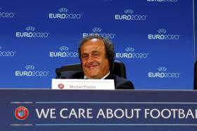Uefa president Michel Platini is ready to shift the dates of the Champions League final in 2022 because of the World Cup in Qatar.