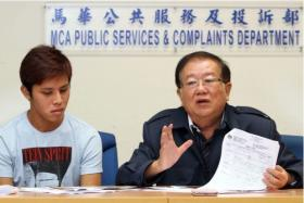 Mr Chai Wai Chuan (left) and Malaysian Chinese Association's Michael Chong at the press conference on Tuesday.