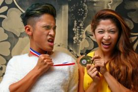 Munah and Hirzi with the for Favourite Viral Music Video for Flame Awards.