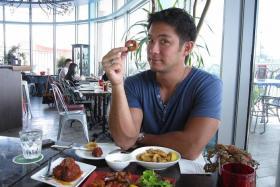SMALL BITES: Dominic Lau at La Viva Spanish Tapas & Bar at VivoCity.