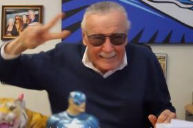 Surreal: Stan Lee acts cute in Clara's music video, Gwiyomi Song 2 (Korean for The Cutie Song).
