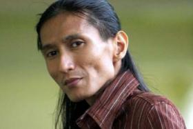 He sang voluntarily for cops who were his fans, said singer Zamani formerly of popular M'sian band Slam.