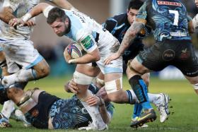 Ryan Wilson (centre) in action for his club Glasgow Warriors.