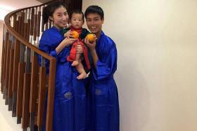 HAPPY FAMILY: Local actor Andie Chen with actress-wife Kate Pang and their seven-month-old son Aden.