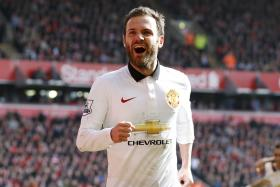 Juan Mata says Barcelona's  Alba is the fastest player he's played against