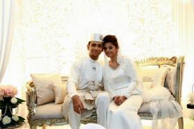 Taufik Batisah and his sweetheart Sheena AKbal got married on Saturday (April 4).