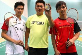 WE ARE FAMILY: Gold-medal winning Wong Shoon Keat with his sons Derek and Jason .