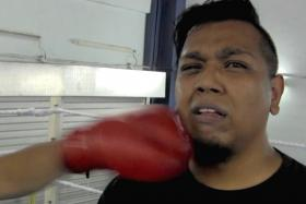 LESSON: See how our reporter fared against boxer Ridhwan Ahmad in the ring.