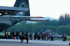 About 70 people boarded a C130 RSAF plane at Kota Kinabalu International Airport shortly after 6pm on Sunday (June 7).