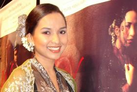 Malaysian actress Vanidah Imran's car caught fire while on a highway in Malaysia.