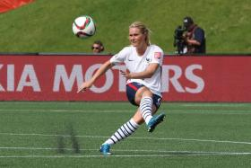 Amandine Henry scores against Mexico in what could be a strong contender for the goal of the tournament.
