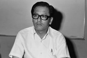 Mr Phey Yew Kok, then-NTUC president.