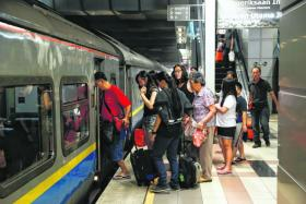 SHUTTLE: The new service between Woodlands Checkpoint and JB Sentral can take up to 320 passengers every trip.