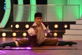 Derek Seong is in the Top 12 of Dance Singapore Dance.