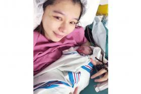 Vivian Hsu announced the birth of her son Dalton Lee with a photograph on social media.