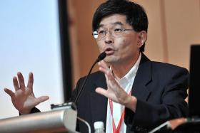 Senior research fellow Tan Tarn How of Institute of Policy Studies.