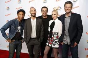 THE VOICE: Season 9 judges-coaches (from left) Pharrell Williams, Adam Levine, Carson Daly, Gwen Stefani and Blake Shelton.