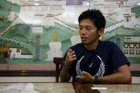 Japanese climber Nobukazu Kuriki will make another attempt to summit Mt Everest despite failing at his latest attempt.