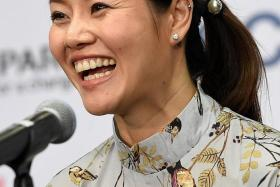 """""""I'm more relaxed. actually, I was always pretty, but I was on court, so you saw my competition face. Now, you see my off-court face."""" — Li Na (above), in response to a question about the secret to her looking prettier these days"""