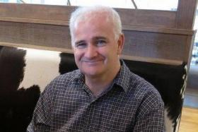 Mr Dinnis Fraser Gary Adam