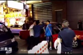 Footage of a drunk man slapping a taxi driver in Hong Kong surfaced online