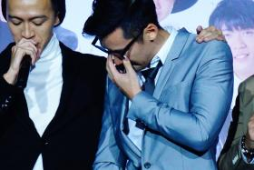 """""""Everyone always said I won't make it, but my parents have stuck by me throughout the years."""" - Joshua Tan cried as he thanked his parents for their support throughout the years and walked offstage to hug his mother"""