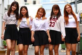 From left to right: Hopefuls Angeline Ng, Celeste Eng, Joalina Tan, Melissa Chan and Nana Wang.