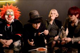 Japanese band Sekai No Owari trying mee goreng. From Left: DJ Love, Nakajin, Saori and Fukase