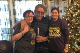 Peter Mayhew and his wife Angie invited Ashley (right), the widow of Star Wars fan Daniel Fleetwod, to their home.