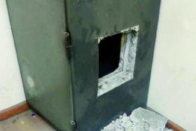 UNSAFE: A safe at Pasir Panjang Wholesale Centre was not enough to keep thieves away.