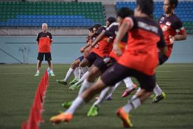 """""""There are no more presents. I will choose the best players who have the best attitude, the best fitness and desire to make it to the 2019 Asian Cup."""" — Lions coach Bernd Stange (left)"""