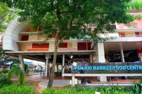 Pek Kio Market and Food Centre will be closed for two days after more than 180 patients with gastroenteritis were reported in the area.