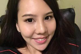"""""""She just took out all of her credit cards, asking us to swipe the maximum amount for each credit card. When asked, she just said she wanted to sell off all the gold for cash."""" - Mrs Jacelyn Wong, 23, a customer service executive"""