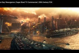 RAvAGED: Marina Bay Sands getting destroyed in Independence Day: Resurgence (above), directed by Roland Emmerich.