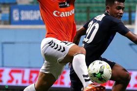 19 Atsushi Kawata (above, in orange) is Albirex's top scorer with 19 goals.