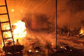 A fire broke out at a warehouse in Sungei Kadut early Wednesday (Nov 2) morning.