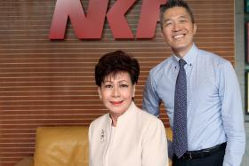 PREDECESSOR: Former chief executive of NKF Edmund Kwok and the CEO before him, Mrs Eunice Tay, who retired in November 2013. ST FILE PHOTO