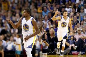 GOLDEN BOYS: Reigning NBA MVP Stephen Curry (right) and 2014 MVP Kevin Durant (left) are fast becoming a dynamic duo for the Golden State Warriors.