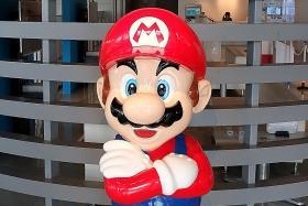 Nintendo goes mobile with Super Mario Run