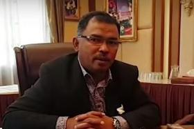 Anti-corruption squad raids office