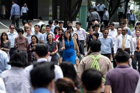 Income inequality lowest in 10 years